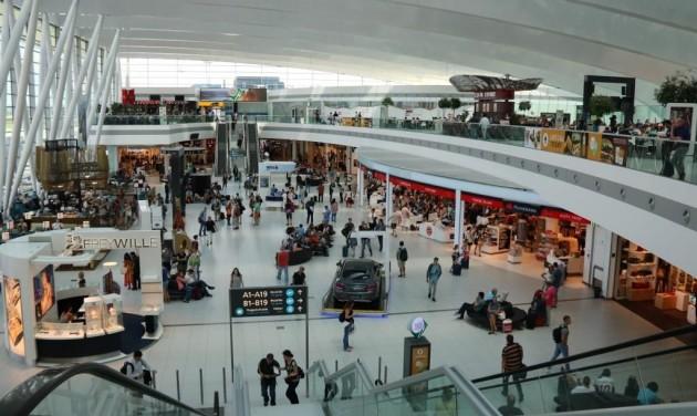 Megkezdte a reptér az iráni állampolgárok egészségügyi ellenőrzését