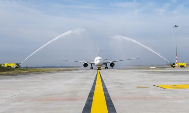 Március óta először érkezett Emirates-járat Budapestre