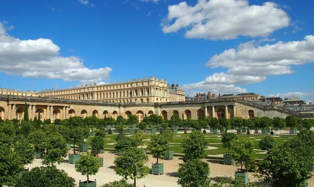 Luxusszálloda nyílik a Versailles-i kastélyban