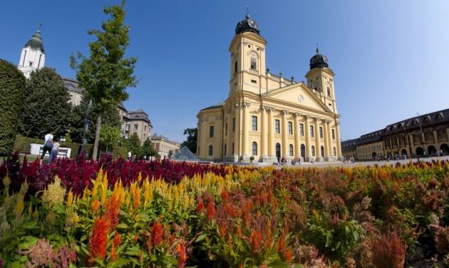 Debrecenbe beköszöntött az Ősz