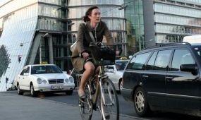 A bécsi biciklisek 28 százaléka visel bukósisakot