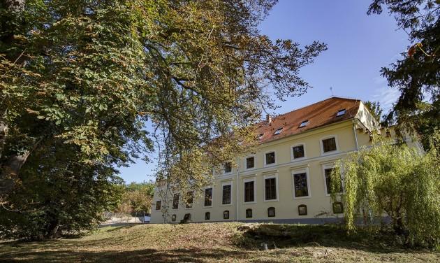 269 éves barokk kastély szépült meg Zalaegerszegen