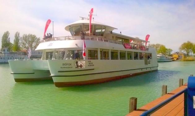 Az országot várja vendégségbe Siófok kikötője