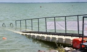 Innovatív akadálymentes vízibejáró kerekesszékeseknek