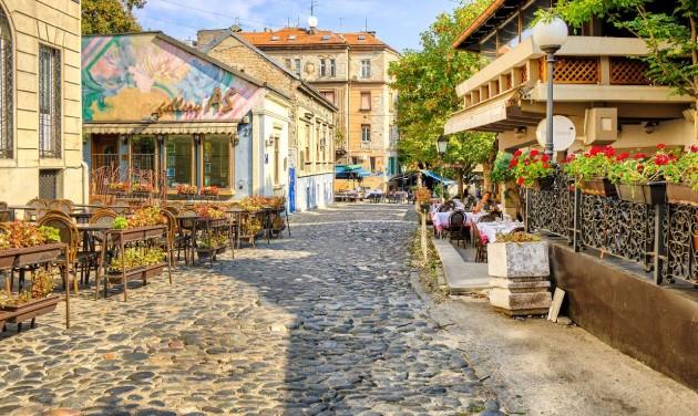 Állami támogatást kapnak a turizmusban dolgozók Szerbiában