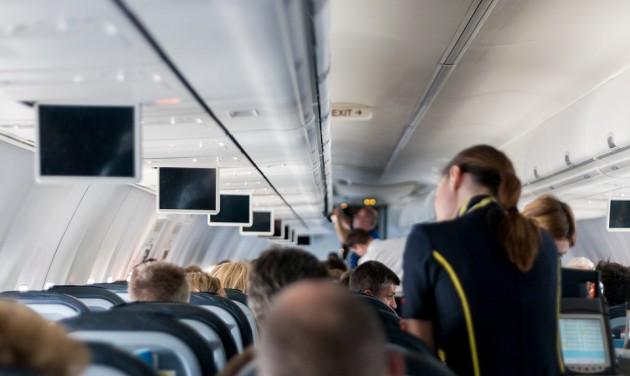 Utaskísérőket toboroz a Ryanair Romániában