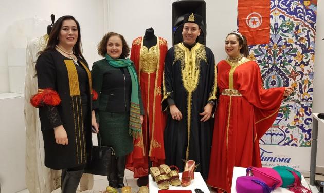 Kortárs tunéziai ruhaköltemények magyar tervezőktől