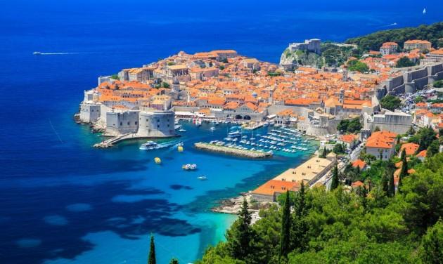 Nemzeti Covid-biztonsági tanúsítvánnyal csábítja Horvátország a turistákat
