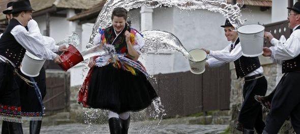 Hollókői Húsvéti Fesztivál – tradíciók megfűszerezve