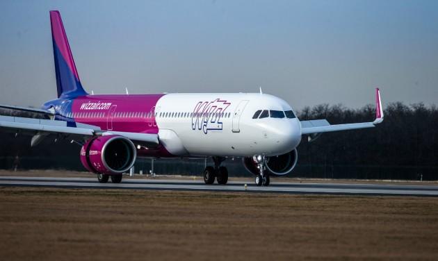 Budapestre érkezett a Wizz Air első Airbus A321neo repülőgépe