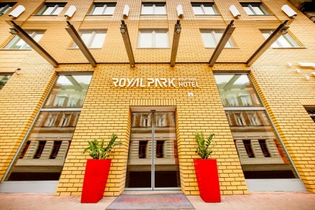 Front Desk Supervisor, Royal Park Boutique Hotel
