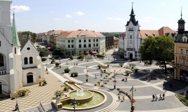 Több mint százmillióval támogatja rendezvényeit Kaposvár