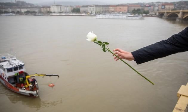 Hajóbaleset: megrendült, és nyugalomra int a szakma