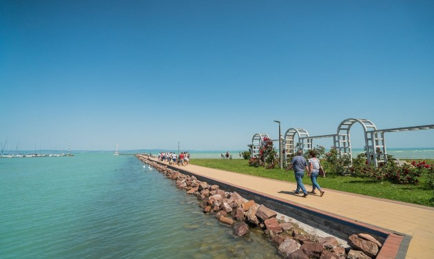 Siófok completes Ft 300 million upgrade of two public beaches