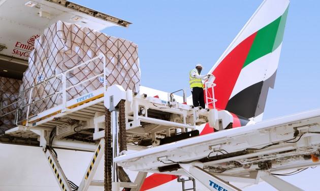 Több milliárd dolláros mínuszba vitte az Emiratest a koronavírus-járvány