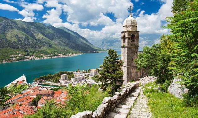 Teszt és oltás nélkül is szabad az út Montenegróba