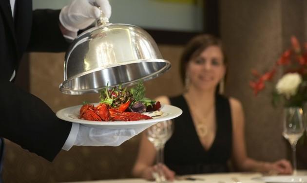Csökkenő cégszám mellett is jól teljesítenek a budapesti éttermek
