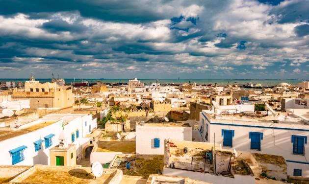 Aggódva várja a főszezont Tunézia