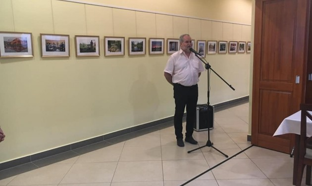 Újabb testvérvárosi fotókiállítás a Hotel Kumániában