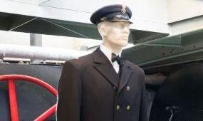 Újra a Parlament előtt a Lajta Monitor Múzeumhajó
