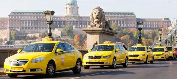 Kétszer annyian taxiznak, mint ubereznek Budapesten