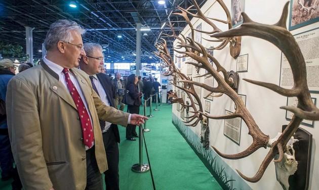 Milliárdok a vadászati kiállítás előkészületeire