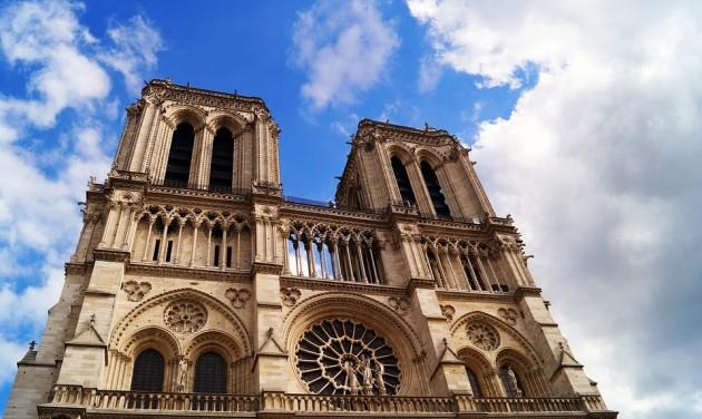Az Air France-KLM segít a Notre Dame rekonstrukciójában részt vevőknek