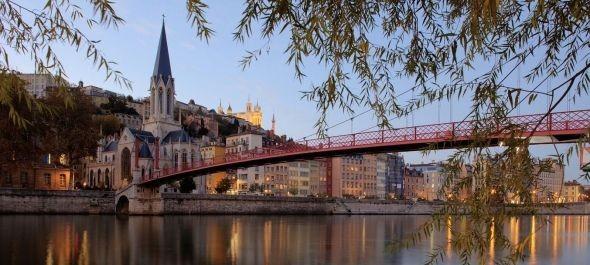 Lyoni selymek, fények és titkos átjárók