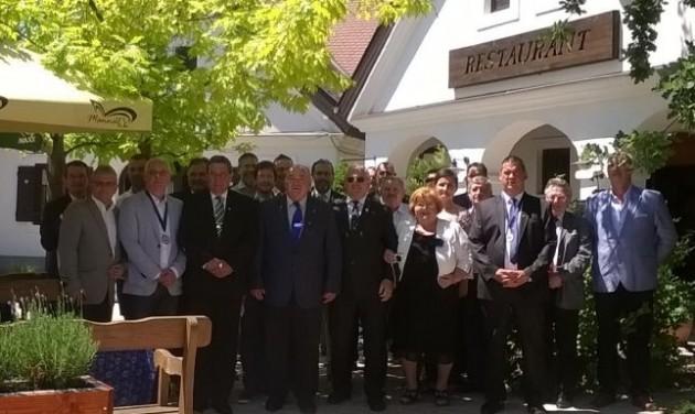 A szakoktatók továbbképzését szorgalmazza a Schnitta egyesület