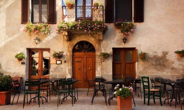 Olaszországban április 26-tól nyitnak az éttermek teraszai