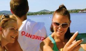 Pózolj vízimentőssel! – új kampány a Velencei-tónál