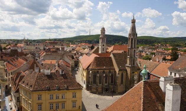 Kétmilliárdos felújítás kezdődött Sopron belvárosában