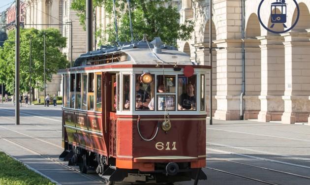 Szeptember végéig közlekednek a nosztalgiajáratok Budapesten