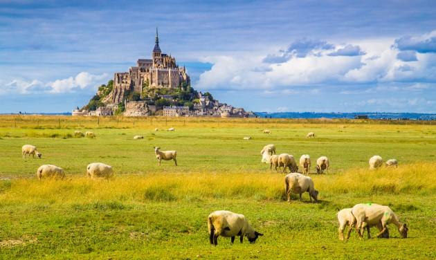 Belföldi utazásra buzdítják idén a franciákat