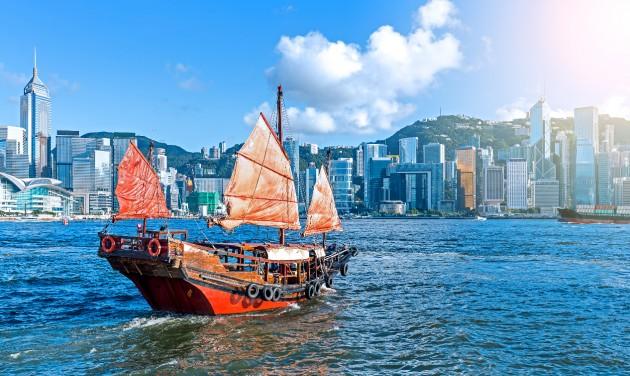 A közeli piacokra fókuszálva indítaná újra Hongkong a turizmust