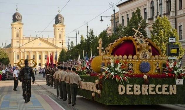 Telt ház Debrecenben is