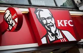 Jogvédő szervezetek tiltakozása közepette nyílt meg az első KFC-étterem Tibetben