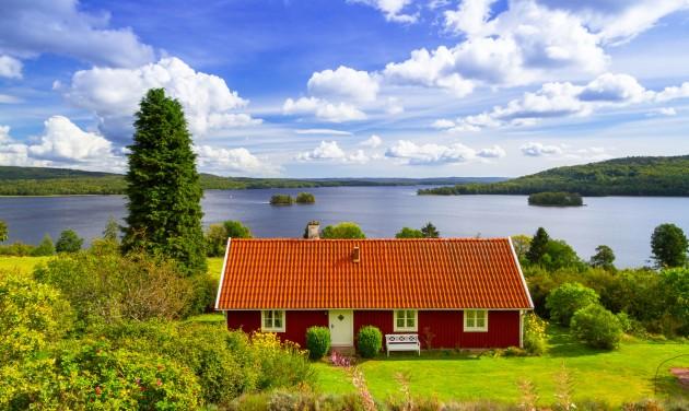 Belföldi utazásra és szomszédolásra csábítanak a svédek