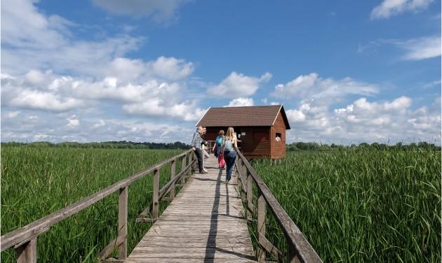 Idegenvezetők ismerkedtek a Tisza-tóval