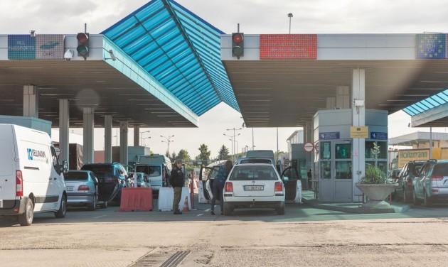Hat közúti határátkelőhelyen fokozott az ellenőrzés
