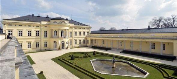 Megkezdődik a fehérvárcsurgói Károlyi-kastély kertjének felújítása