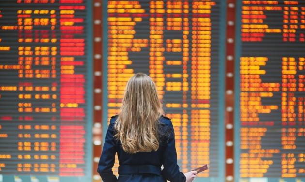 Késett a repülőgép? Ezek a (jog)következményei
