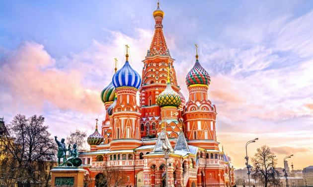 Arra kérik az oroszokat, ne utazzanak külföldre az idén