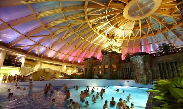Aquaworld Budapest, Four Seasons bag World Spa Awards