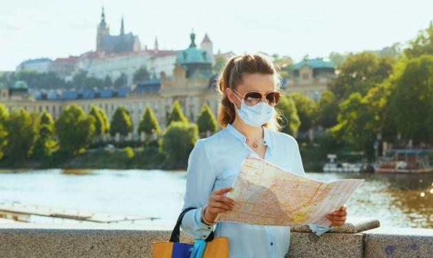 Több mint napi 2000 koronavírus-fertőzött Csehországban