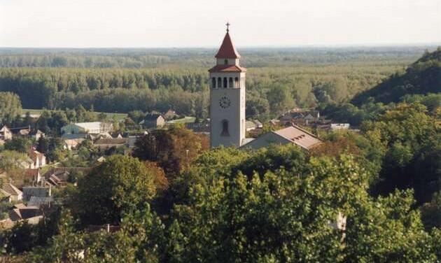 Másfél milliárdos turisztikai fejlesztés a pécsi egyházmegyében