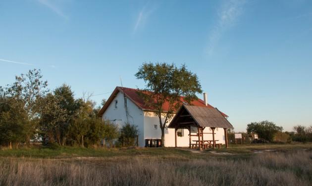 Szalakóta látogatóközpontot avattak Sándorfalván
