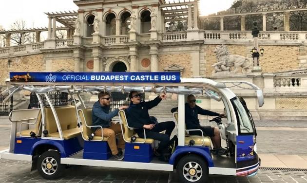 Új attrakció: itt a Budapest Busz!
