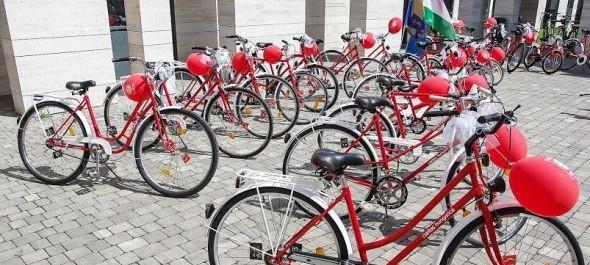Re-Cikli biciklik ajándékba