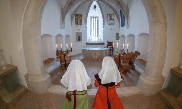 Szent Hedvig-emléknapot tartanak a Diósgyőri várban